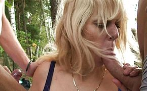 Old blonde grandma outdoor threesome