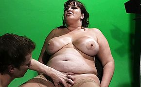 BBW gets her fat hole licked before cock riding