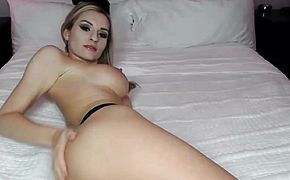 Sexy Blonde with a nice Dildos on her