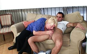 Big boobs blonde grandma pleases stranger