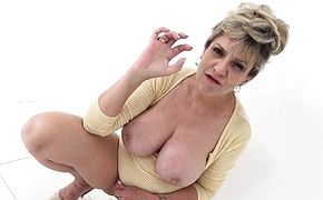 Big tit mature Lady Sonia has such a dirty mind
