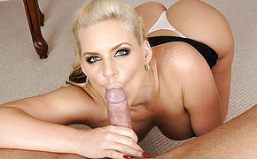 Phoenix Marie and Marco Banderas in House Wife 1 on 1