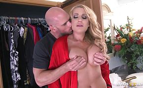 Sweet morning with Jennifer Best and Johnny Sins