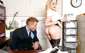 Mia Malkova and Bill Bailey in Naughty Office