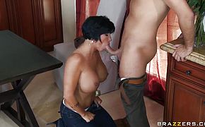 Cocksmitten MILF Shay Fox is slammed by Keiran Lee