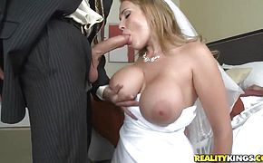 Sexy bride Alanah Rae cheats on her groom with best friend